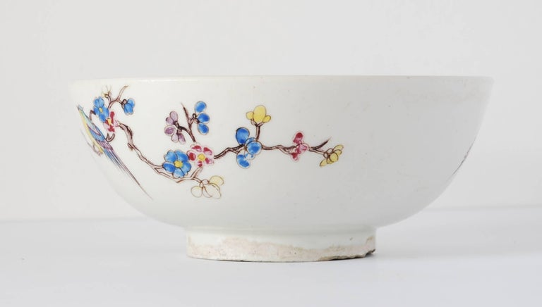 English Bowl with Chinoiserie Decoration, Bow Porcelain Factory, circa 1752 For Sale