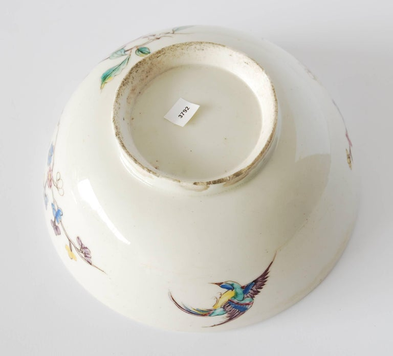 Bowl with Chinoiserie Decoration, Bow Porcelain Factory, circa 1752 For Sale 1