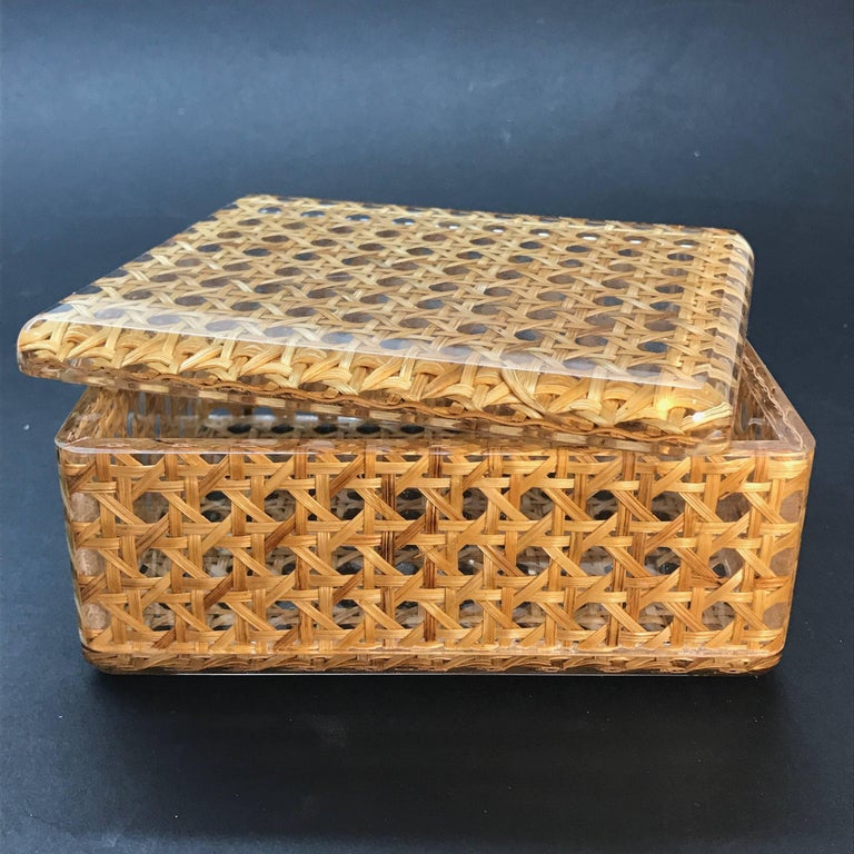 Italian Box in Lucite and Wicker, Italy, 1970s Vienna Straw.  Christian Dior Style 1970 For Sale