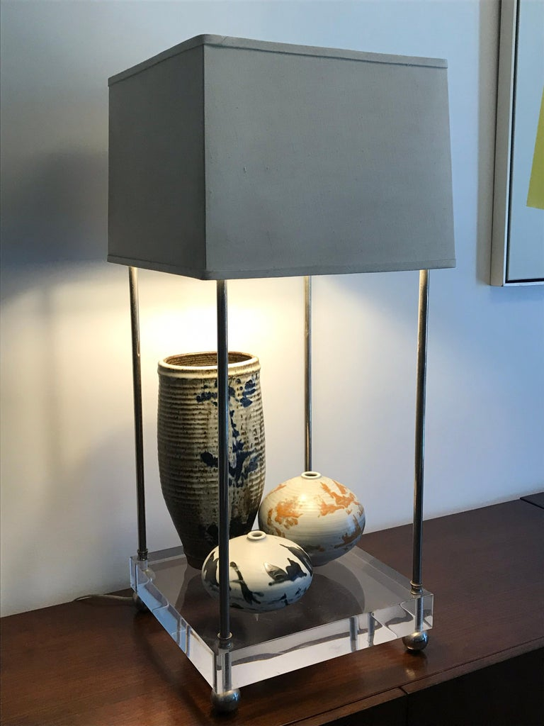 'Box-Line' Showcase Lamp, 1980s In Good Condition For Sale In Los Angeles, CA