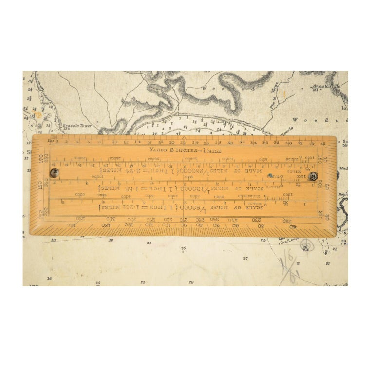 Box of Compasses from the Second Half of the 19th Century For Sale 7