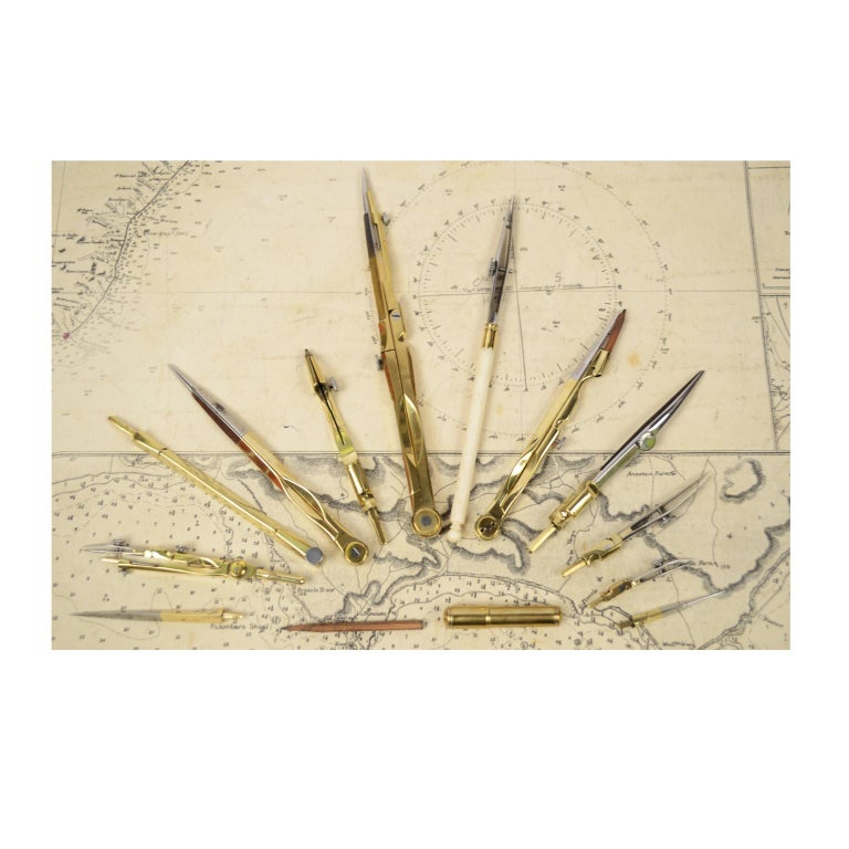 Box of Compasses from the Second Half of the 19th Century For Sale 1