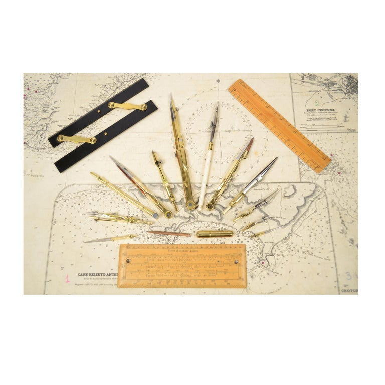 Box of Compasses from the Second Half of the 19th Century For Sale 2