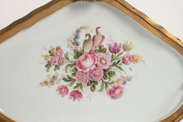 Box Porcelain, Signed, Decorated Inside and Outside, 19th Century For Sale 1