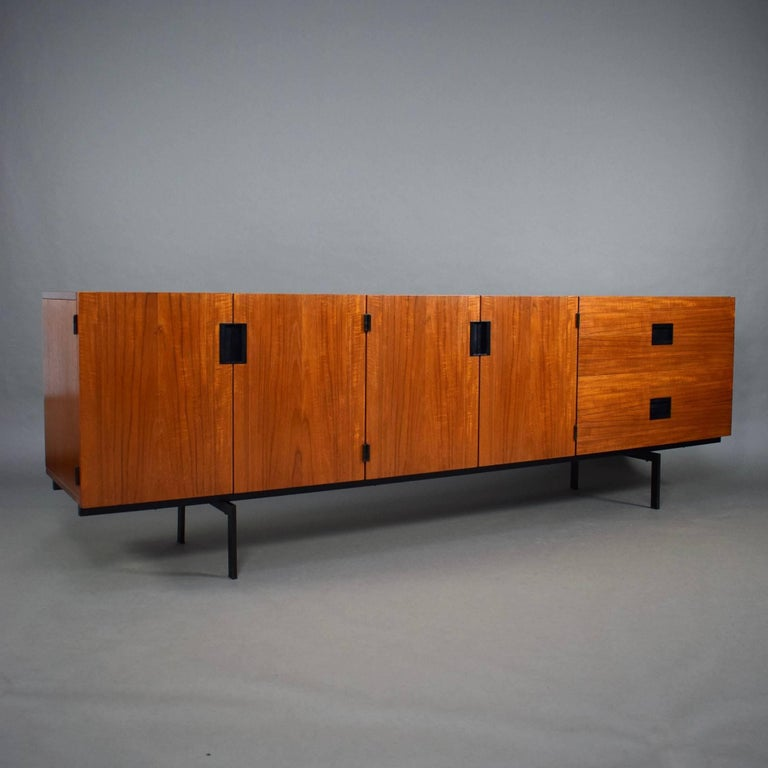 Iconic DU-03 'Japanese Series' sideboard designed by the famous Dutch designer Cees Braakman for UMS Pastoe. This sideboard is minimalistic and timeless in design and still as iconic as it is beautiful. The typical Braakman drawers are made of bent