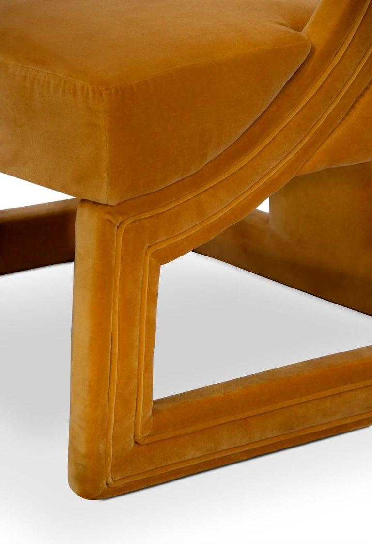 Upholstery Batak Bold Armchair in Cotton Velvet For Sale
