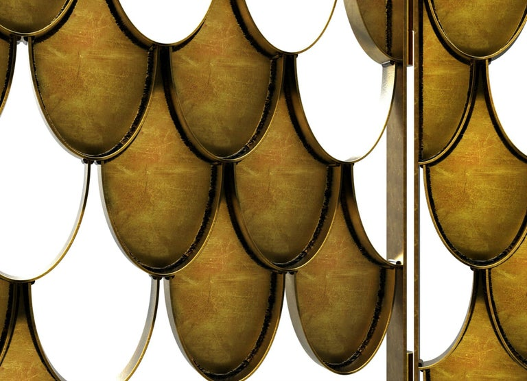 Koi II Screen in Brushed Aged Brass with Scale Motif In New Condition For Sale In New York, NY
