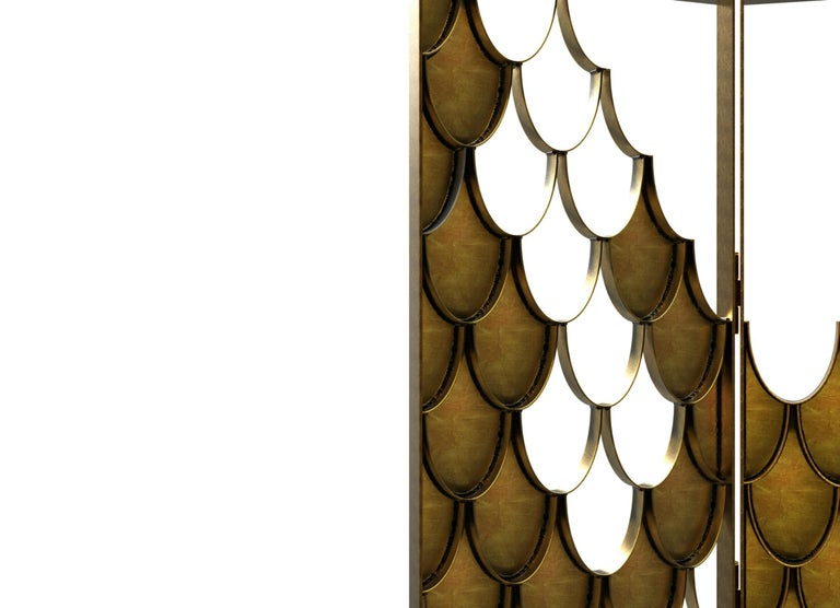 Koi II Screen in Brushed Aged Brass with Scale Motif For Sale 1