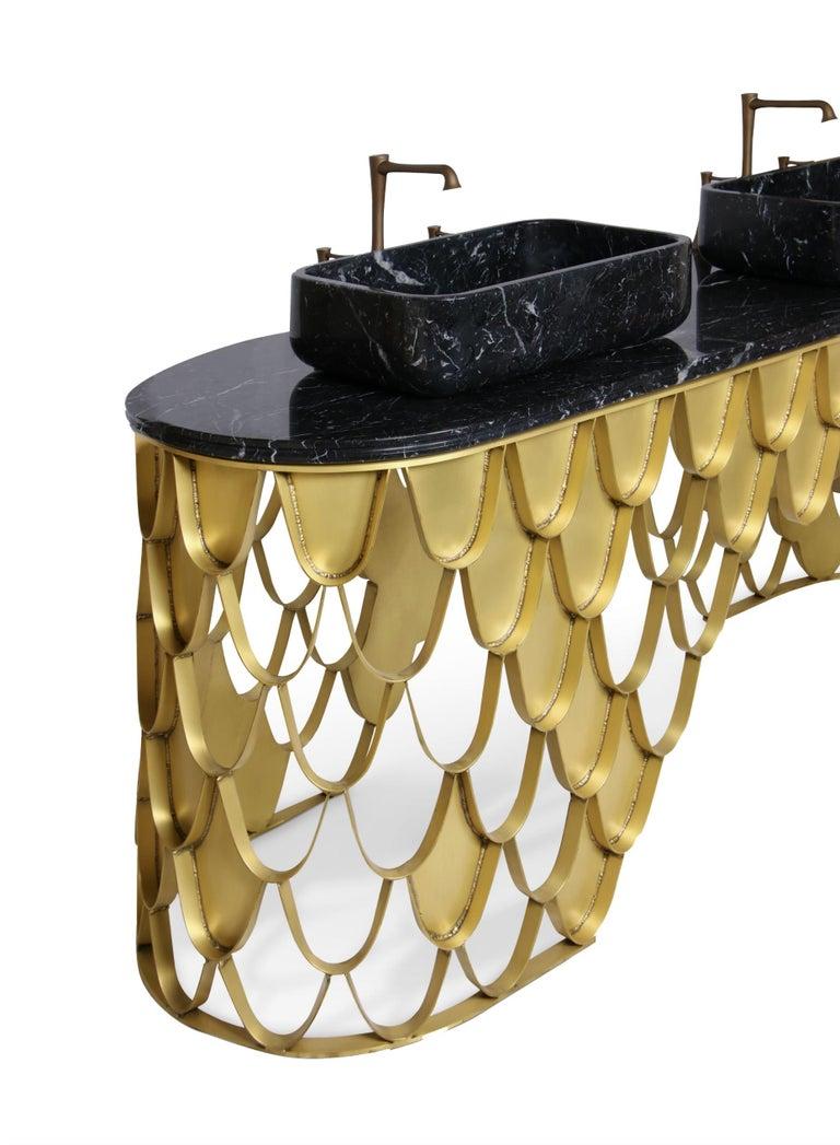Portuguese Brabbu Koi Washbasin in Estremoz Marble Gray with Brass Base For Sale