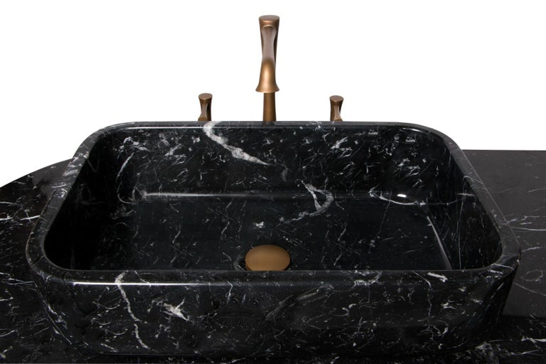 Brabbu Koi Washbasin in Estremoz Marble Gray with Brass Base In Excellent Condition For Sale In New York, NY