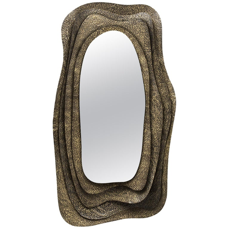 Kumi I Rectangular Mirror in Hammered Aged Brass For Sale