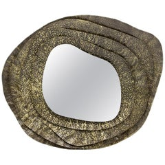 Kumi II Round Mirror in Hammered Aged Brass