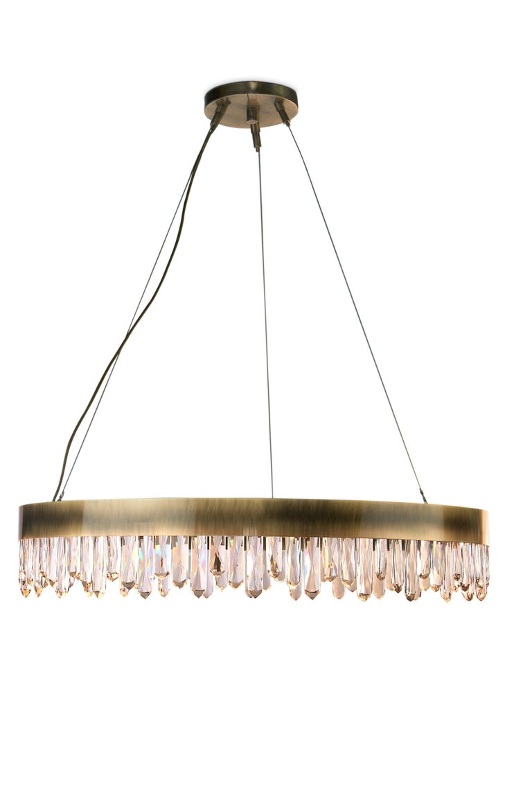 Brabbu Naicca Chandelier in Brushed Brass and Quartz In Excellent Condition For Sale In New York, NY