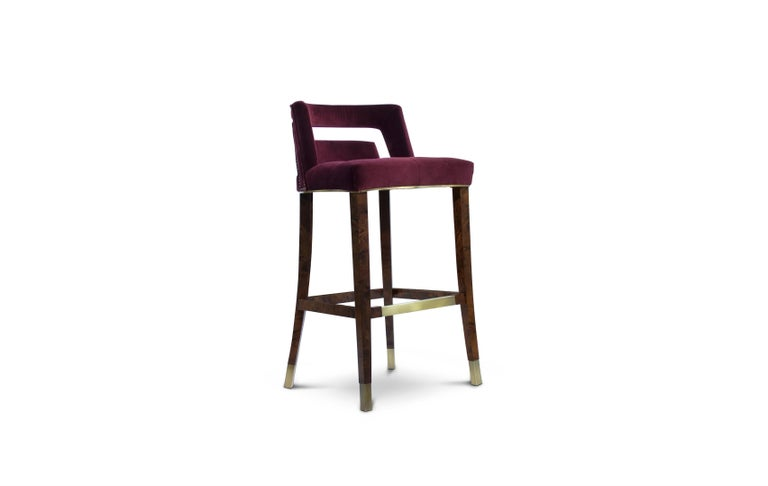 Guatemala was the stage of one of the most important discoveries in the 20th century – the Naj Tunich. Inspired by it is NAJ bar chair, a contemporary bar chair upholstered in cotton velvet with nickeled nails and legs in ash with walnut stain matte