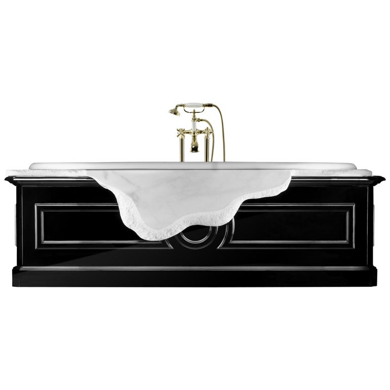 Petra Bathtub in White Marble with Black Lacquer Details