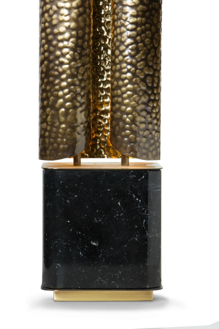 Mid-Century Modern Vellum Table Lamp in Hammered Aged Brass with Marble Base For Sale