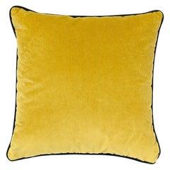 Brabbu Villutus Pillow in Mustard Velvet