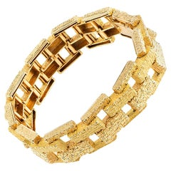 Bracelet in 18 Karat Gold of Interlocking Brick Pattern, French circa 1965.
