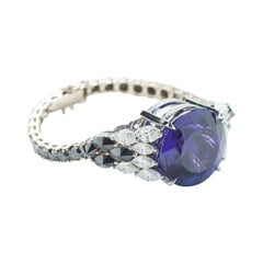 Bracelet 18 Karat White Gold with 49.46 Carat Tanzanite & 15.65 Carat Diamonds