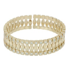 Bracelet 18 Karat Yellow Gold and Cream Diamonds VS color G, Handmade
