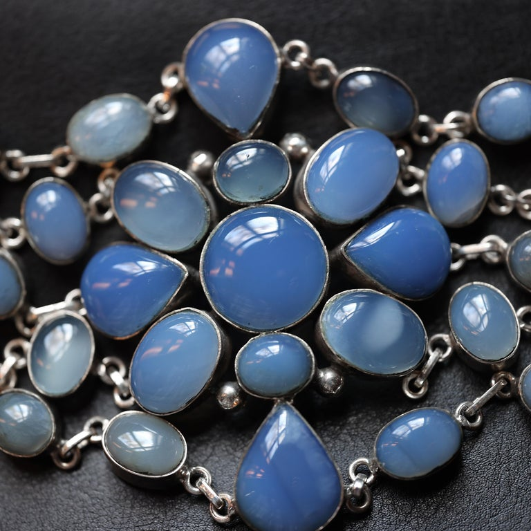 Bracelet Chalcedony Multi-Strand Arts & Crafts Style In Excellent Condition For Sale In Southbury, CT
