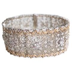 Bracelet Delicate Bangle Yellow and Withe Gold 18 Karat 3.8 Carat of Diamonds