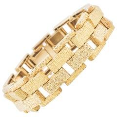 Bracelet Heavy 18 Karat Gold of Brick Design, French, 60 Grams, circa 1965