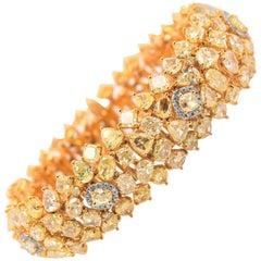 Bracelet Natural Color Fancy Yellow 18 Karat Yellow Gold