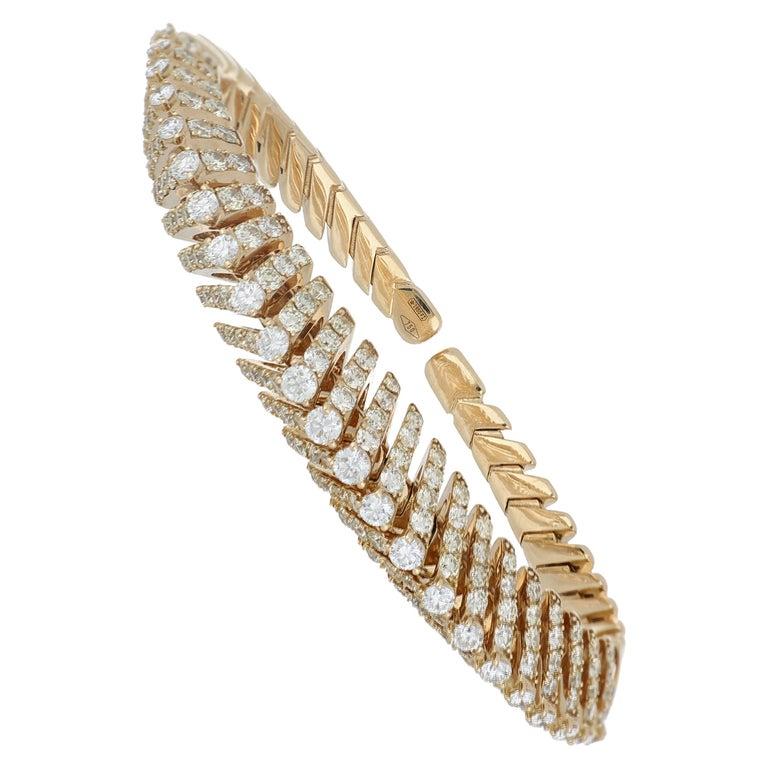 Bracelet Rose Gold 18 Karat with Cream and White Diamonds Color G VS, Handmade For Sale