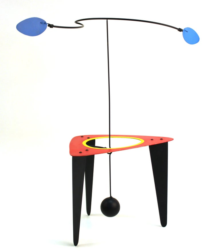 Modern kinetic mobile or stabile tabletop sculpture created by American designer Brad Howe (b. 1959). Signed by the artist on the bottom of the base. The piece was made with painted steel during the 1990s and is in very good vintage condition with