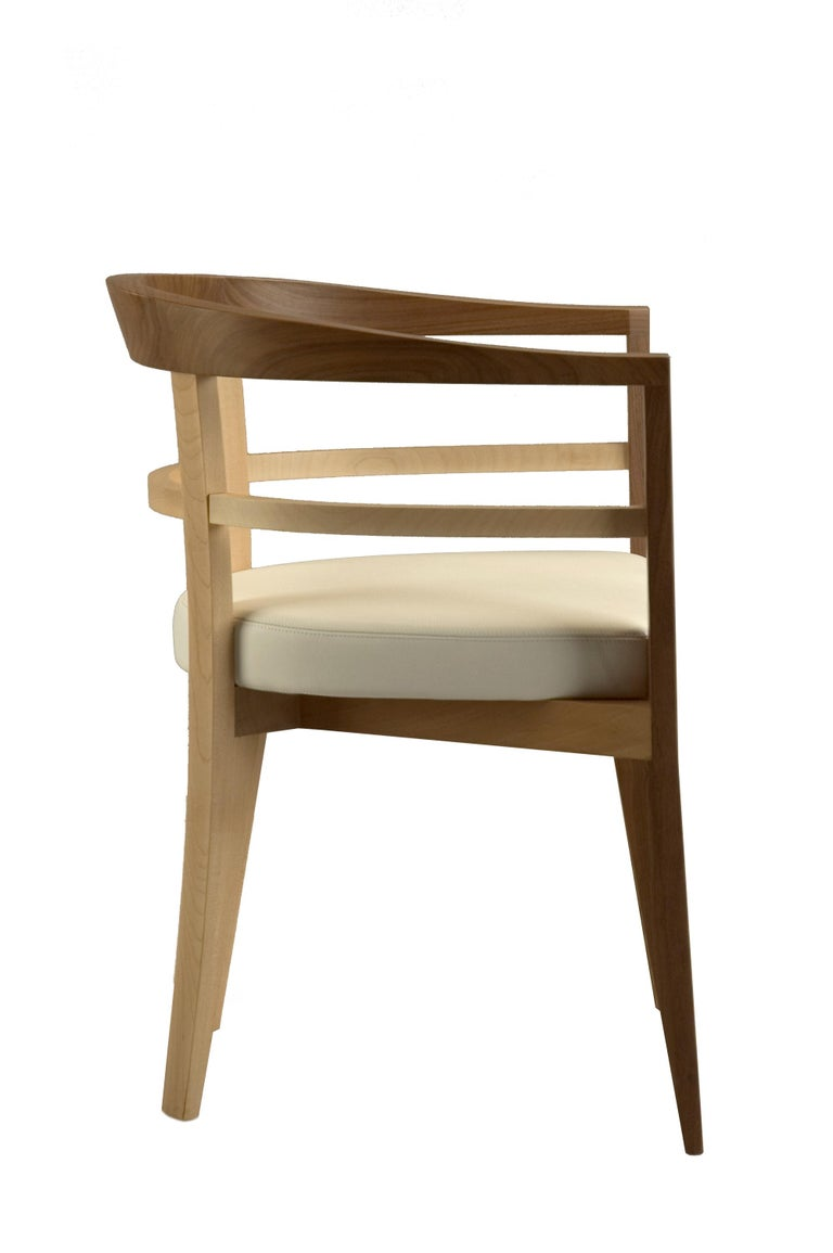 Bramante, Contemporary Armchair Made of Maple and Walnut, Design Franco Poli In New Condition For Sale In Salizzole, IT