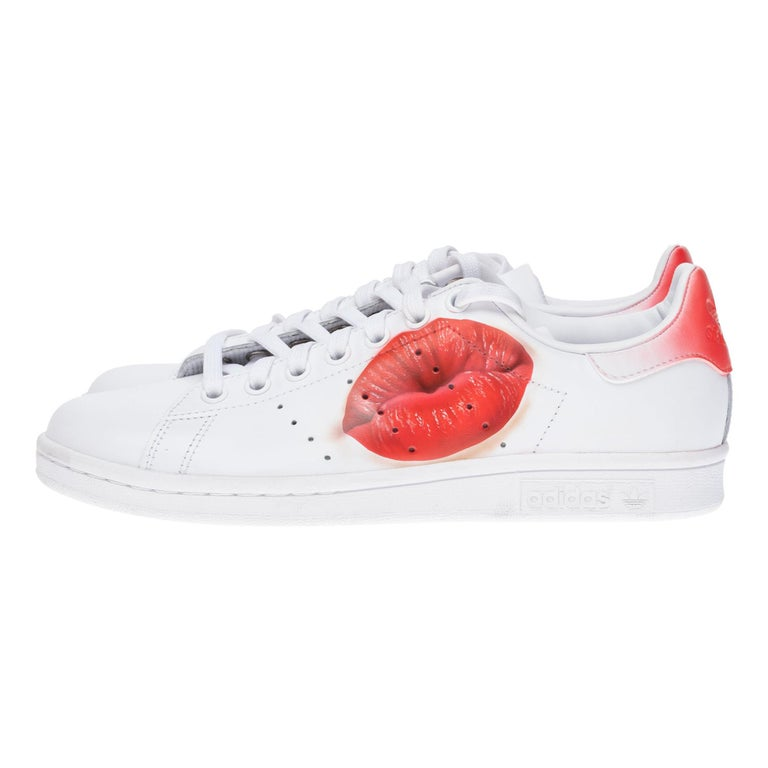 """Brand New Adidas Stan Smith All White sneakers customized """"Kiss"""" by Patbo  For Sale"""
