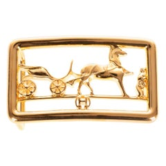Brand new and from the new collection Hermes Calèche shiny Gold Belt Buckle !