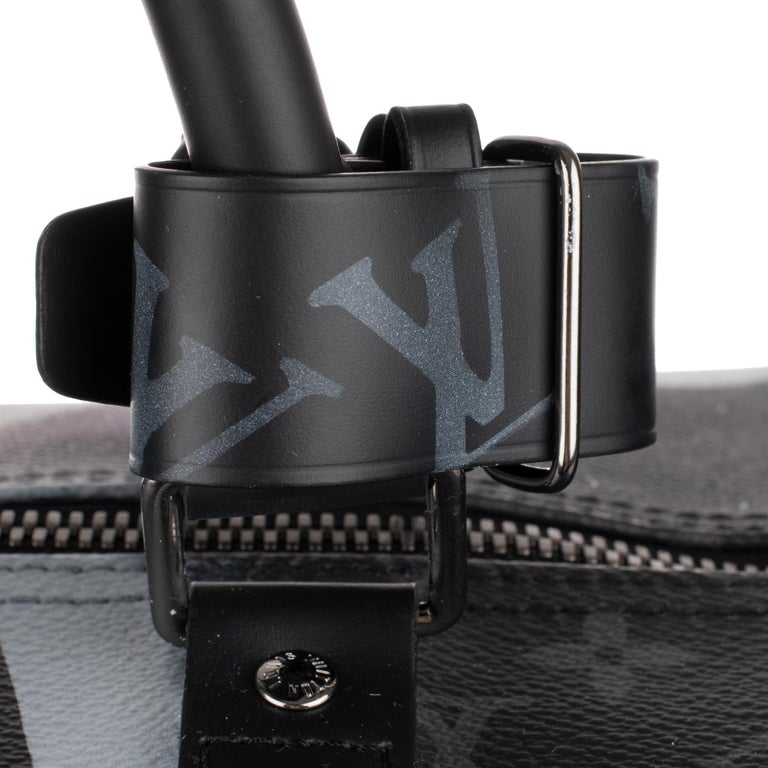 Brand New BATBAG by the artist Patbo:  Louis Vuitton Keepall 55 Eclipse strap! For Sale 8