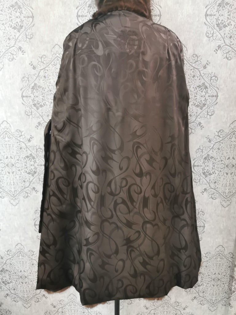 Brand New Demi Buff Mink Fur Swing Coat With Silver Fox Fur Trim (Size 14-L) For Sale 7