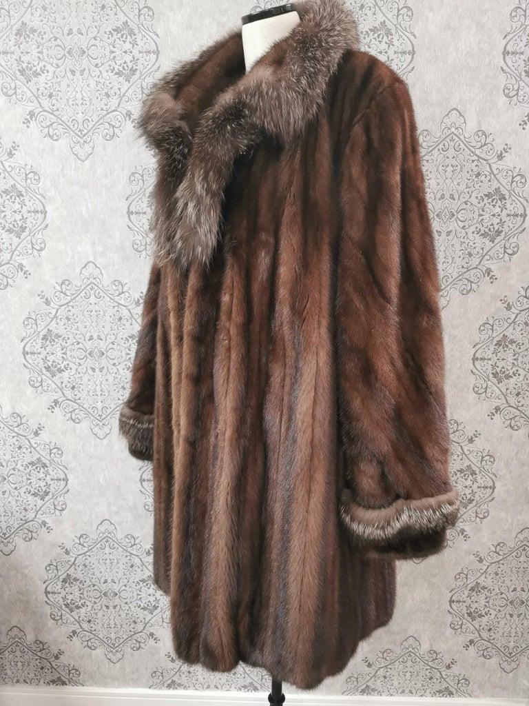 Black Brand New Demi Buff Mink Fur Swing Coat With Silver Fox Fur Trim (Size 14-L) For Sale