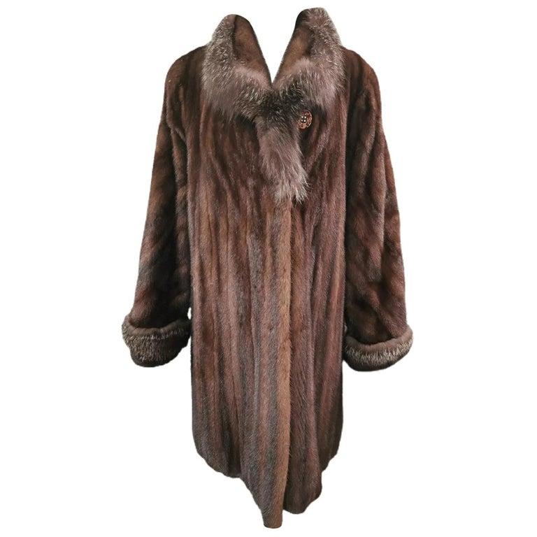 Brand New Demi Buff Mink Fur Swing Coat With Silver Fox Fur Trim (Size 14-L) For Sale