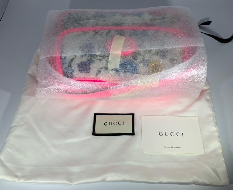 Beige Brand New GUCCI Women's Small  Flora Canvas and Pink Leather  Shoulder Handbag For Sale