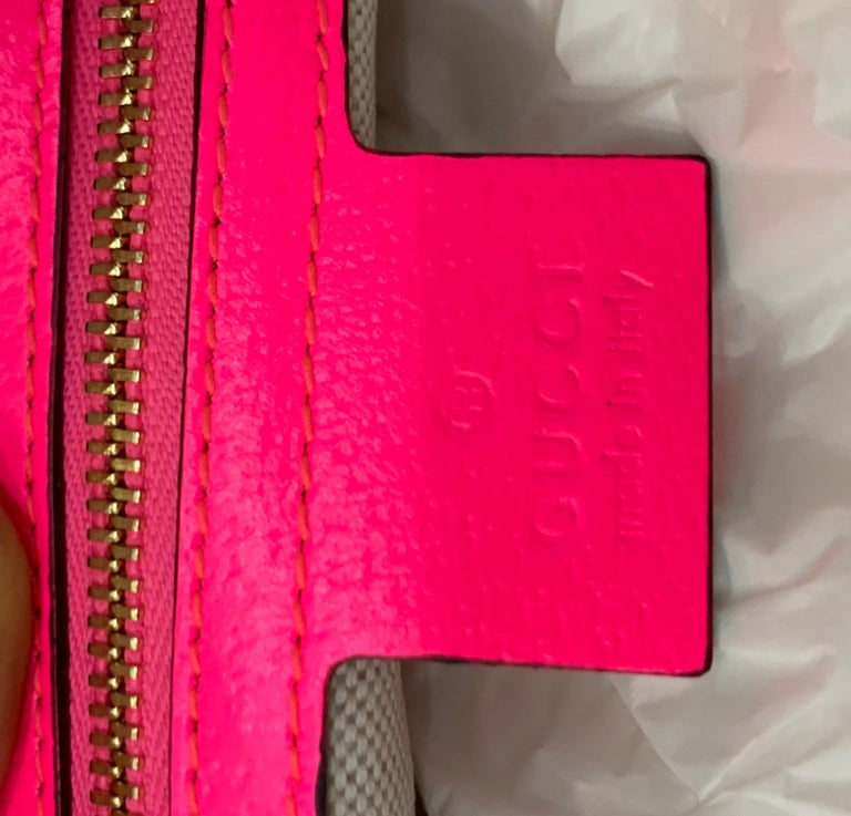 Brand New GUCCI Women's Small  Flora Canvas and Pink Leather  Shoulder Handbag For Sale 3