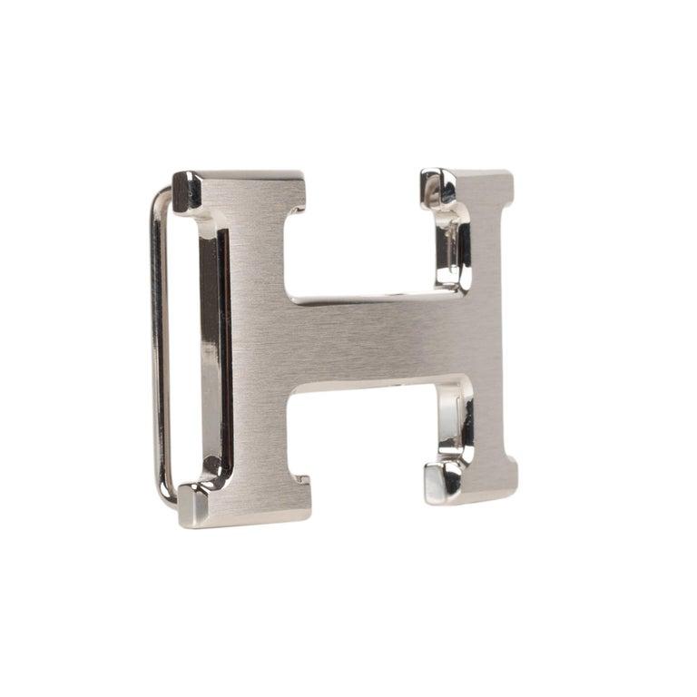Women's or Men's Brand new Hermes Constance brushed silver Belt Buckle ! For Sale