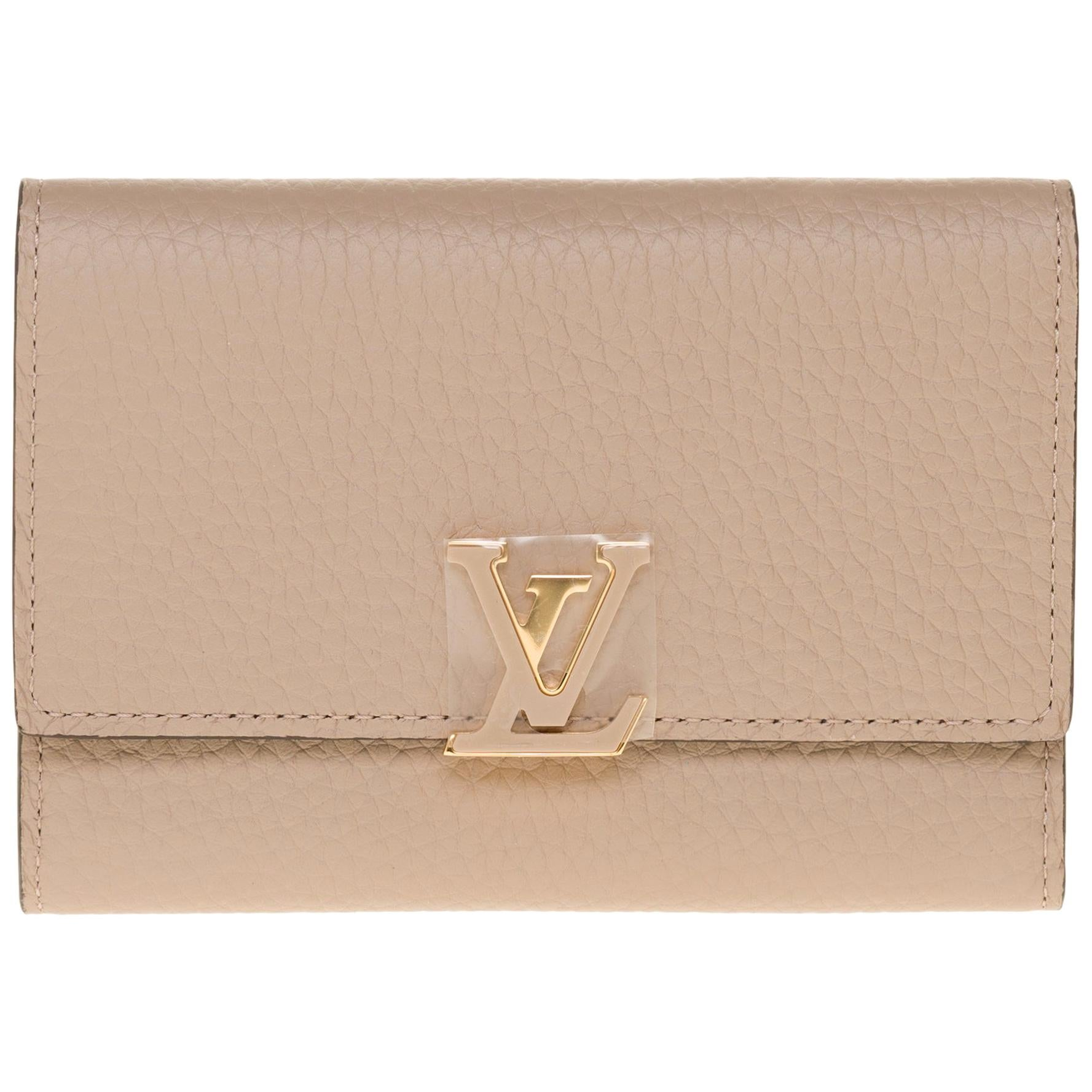 Brand New Louis Vuitton Capucines Compact Wallet in Galet Taurillon leather