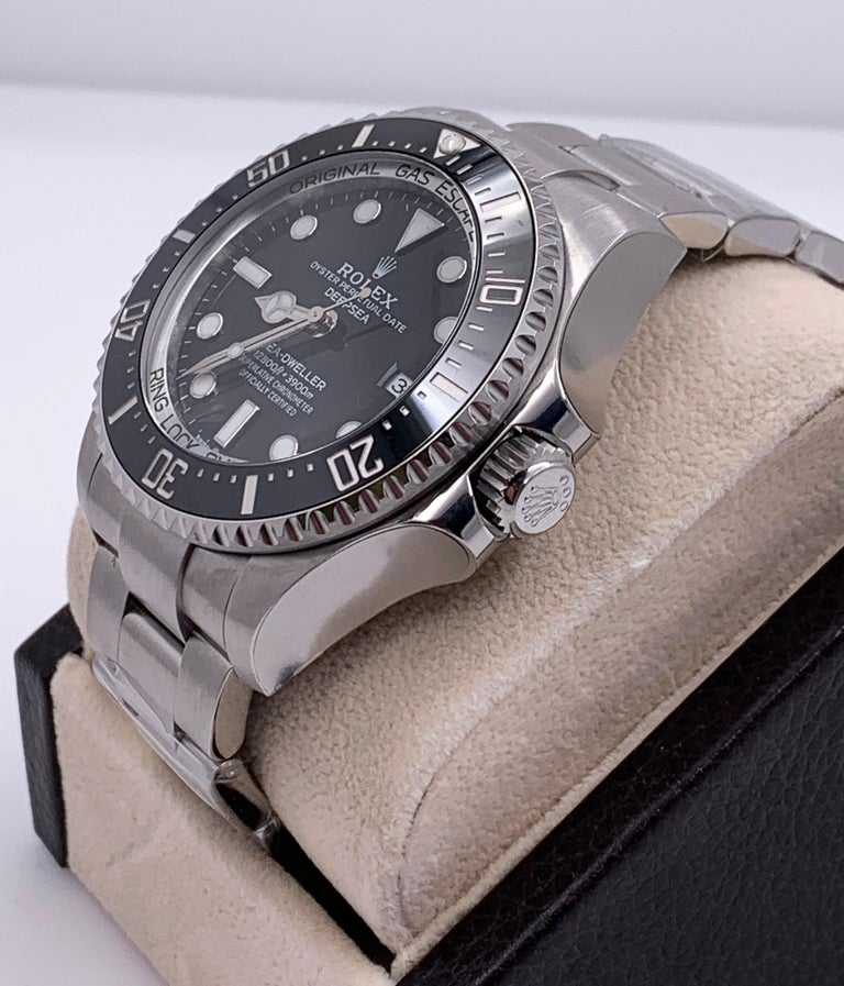 Style Number: 126660     Serial: J4731***     Model: Seadweller      Case Material: Stainless Steel      Band: Stainless Steel      Bezel: Black      Dial: Black      Face: Crystal Sapphire      Case Size: 44mm     Includes:   -Brand New Rolex Box