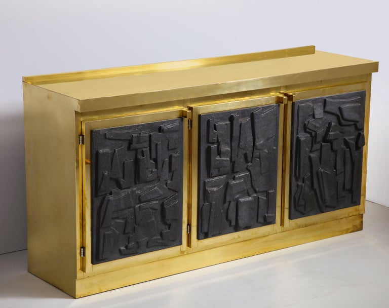 Brass and Black Bespoke Brutalist Style Sideboard or Credenza, Italy, 2019 For Sale 11