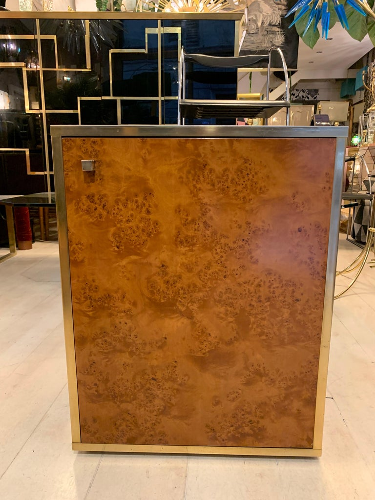 Brass and Burl Wood Italian Sectional Credenza, 1970 For Sale 6