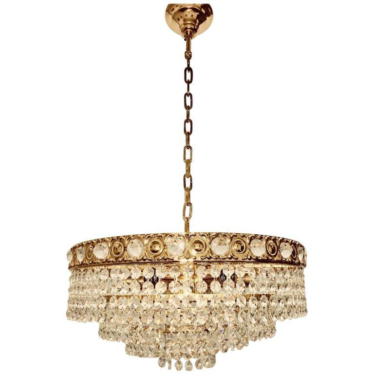 d23b744fd9b3 Hollywood Regency Chandeliers and Pendants - 548 For Sale at 1stdibs - Page  2
