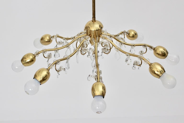 Brass and Crystal Mid-Century Modern J & L Lobmeyr Chandelier Vienna, 1950s For Sale 4