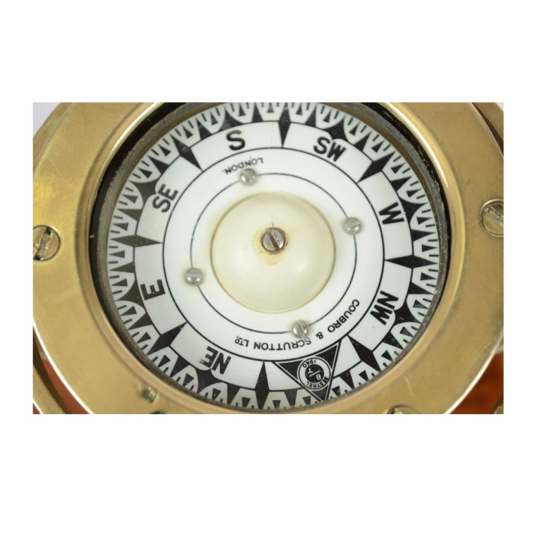 Brass and Glass Nautical Compass on Oak Wooden Board, London, 1860 For Sale 5