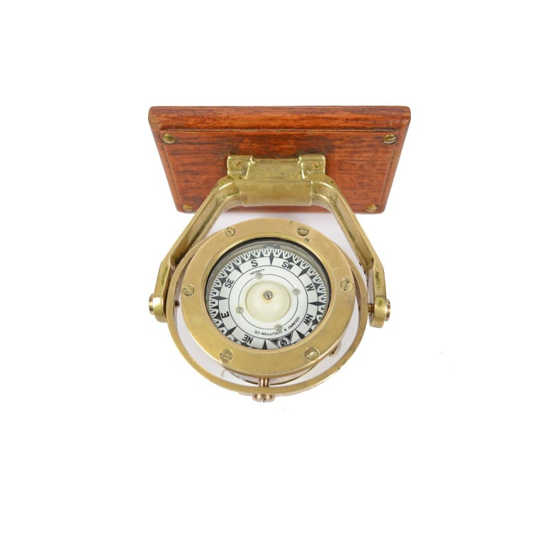 Mid-19th Century Brass and Glass Nautical Compass on Oak Wooden Board, London, 1860 For Sale
