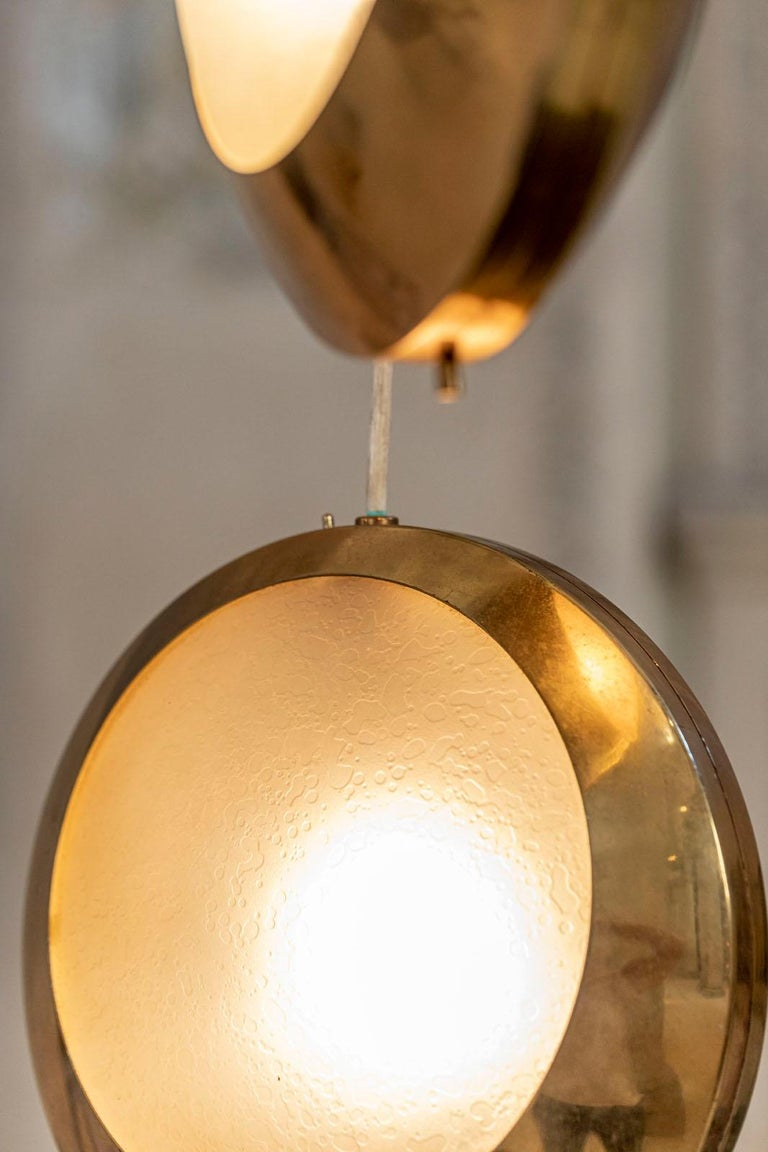 Brass and Glass Pendant by Stilnovo In Excellent Condition For Sale In Carpaneto Piacentino, Italy