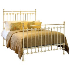 Brass and Iron Antique Bed in Cream MK214